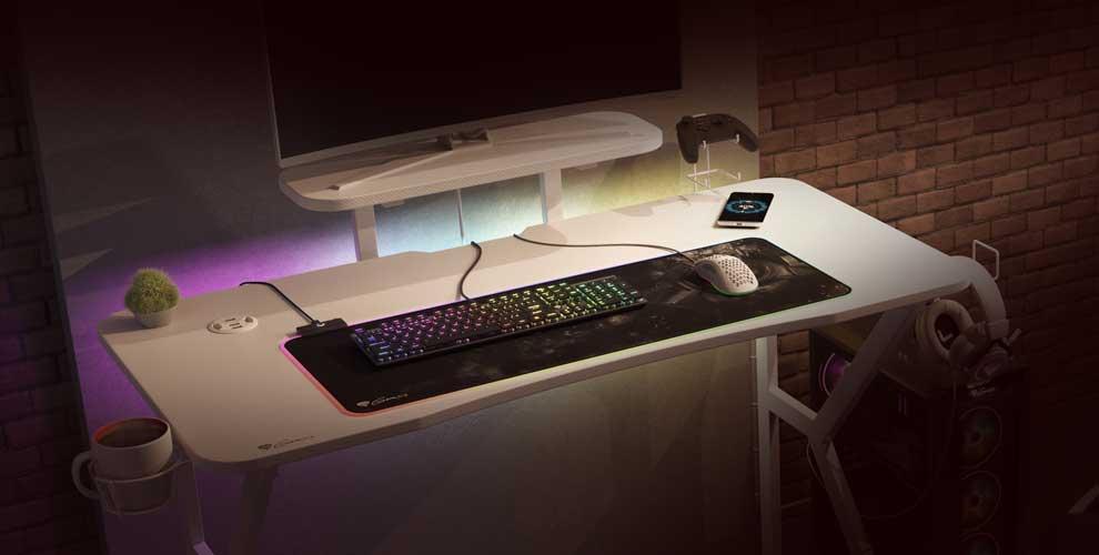Holm 320 Blanca, el escritorio gaming más elegante